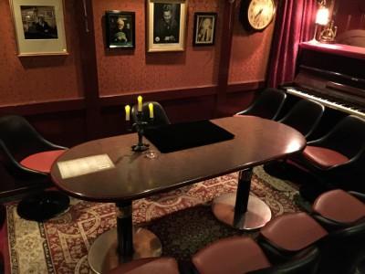 マジックが行われるテーブル