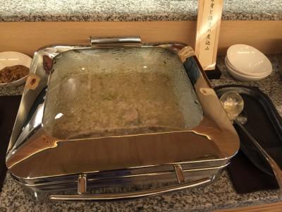 笹身と湯葉の煮込み