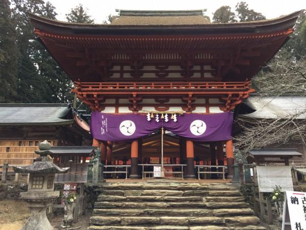 丹生都比売神社の拝殿