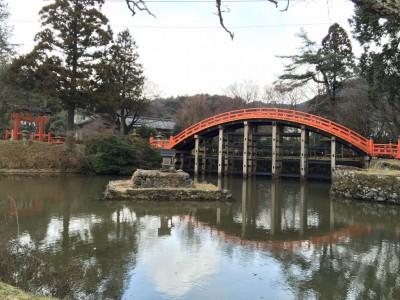 外鳥居、神橋、池