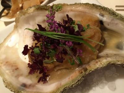 岩牡蠣のおでん