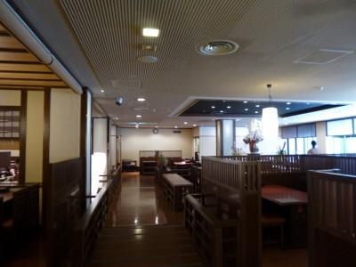 レストラン「川床の宴」中