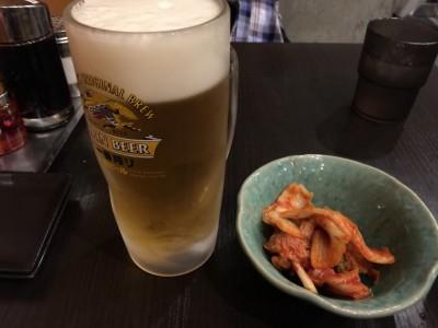 麺や運・ビールとキムチ