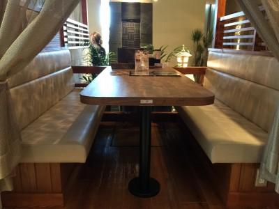 PISOLA(ピソラ)テーブル席