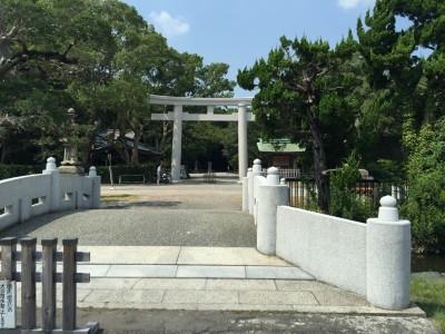 日前宮・神橋と鳥居