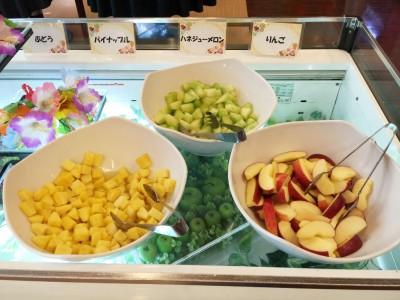 フルーツ(ぶどう・パイナップル・ハネジューメロン・リンゴ)