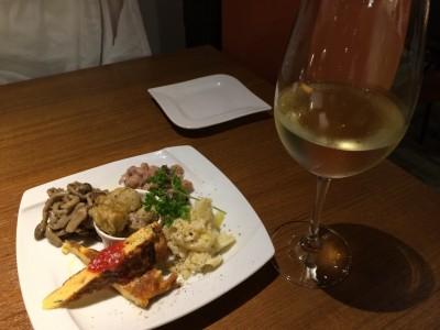 Enoteca-bacco白グラスワイン