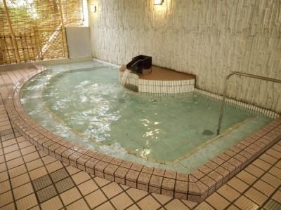 大江戸百人風呂大浴場の露天風呂