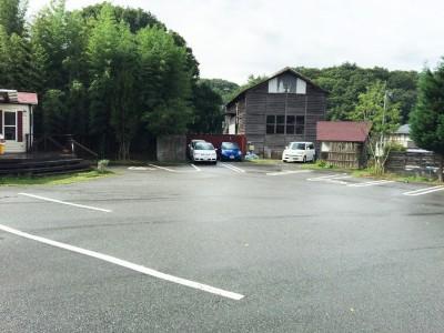 山のパン駐車場2