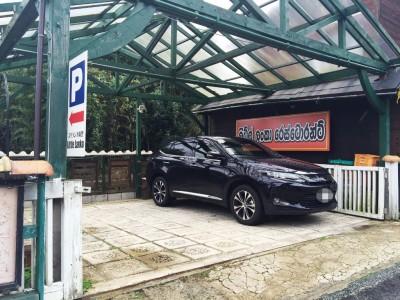 リトルランカ駐車場