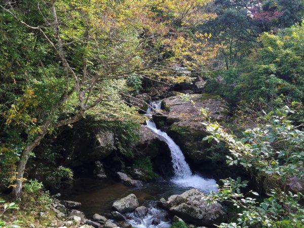 るり渓・鳴瀑