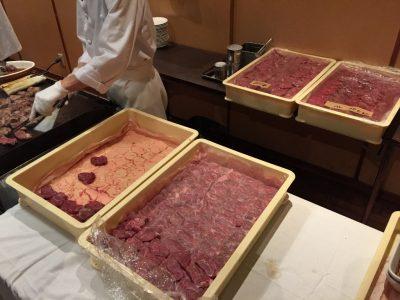 ガッツリ肉・肉・肉!