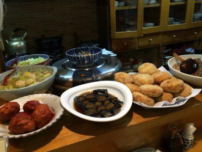 カウンター前の料理2