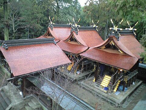 大和神社・本殿
