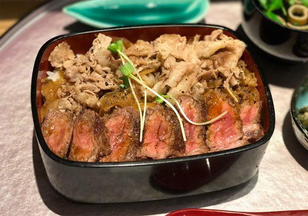 ロマン亭錦重・お重(ビフテキ・肉飯)