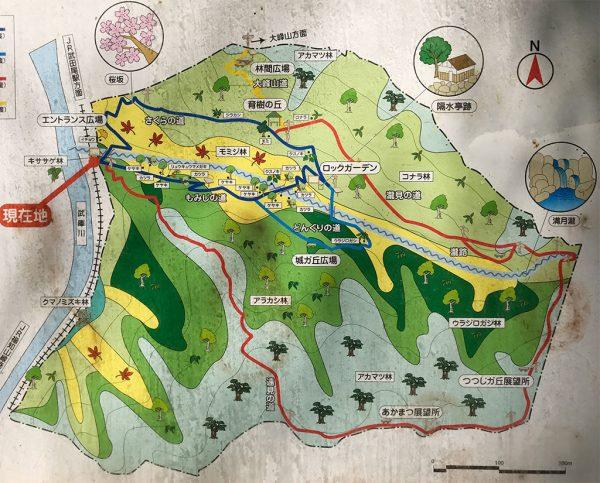 桜の園「亦楽山荘」案内図2