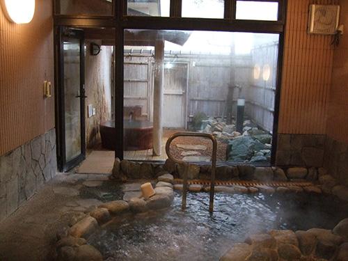 石造りの家族風呂「めぐみ」