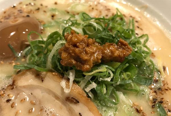 とんこつ 味付煮玉子盛り 肉味噌