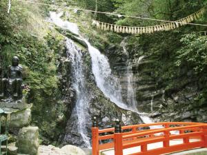 犬鳴山七宝瀧寺 行者の滝