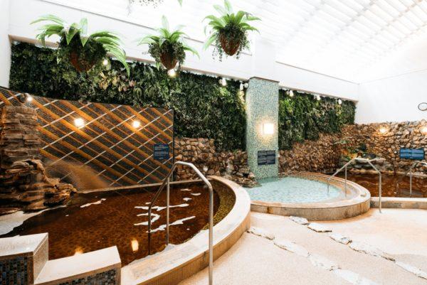 横浜 SPA EAS スパ イアス 女性浴場 露天風呂