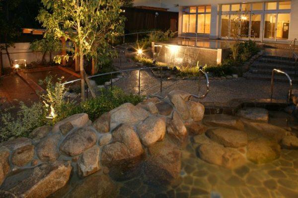 神戸 垂水 ジェームス山 天然温泉 月の湯船 露天風呂