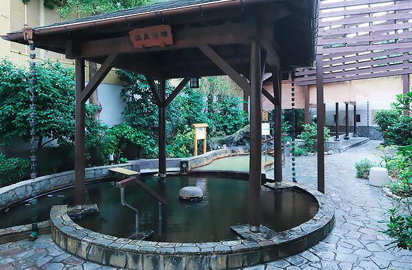 前野原温泉 さやの湯処 露天風呂