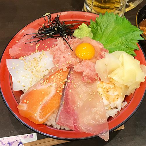 大阪 キタ 梅田 駅前第4ビル 立ち食い寿司屋 立ち飲み すしいち