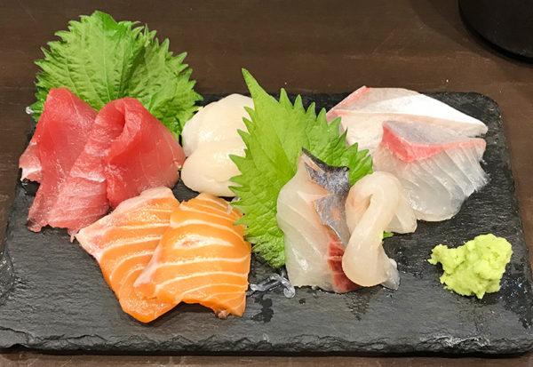 お造り 刺身 盛り合わせ 立ち食い寿司屋 立ち飲み すしいち