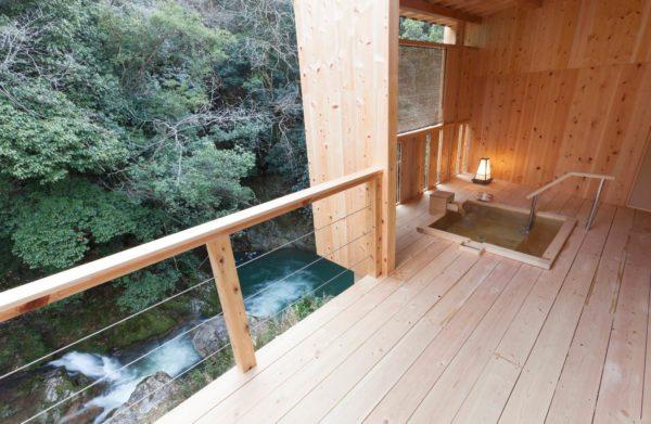 大阪 貝塚 松葉温泉 滝の湯 客室露天風呂