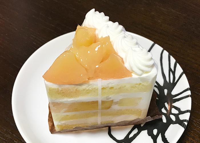 宝塚 逆瀬川 パティスリー ミラヴェイユ 白桃のショートケーキ シャンディ ペーシュ 白桃のショートケーキ