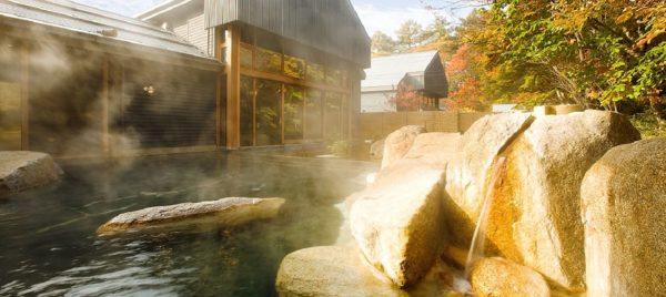 長野 軽井沢 星野温泉 トンボの湯