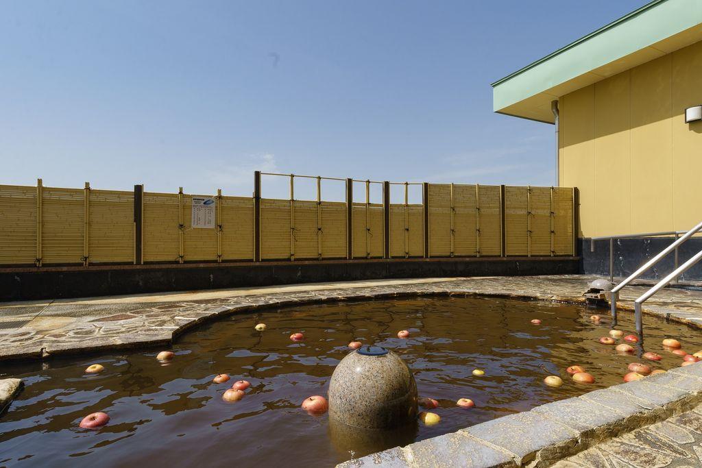長野 豊野温泉 りんごの湯 露天風呂